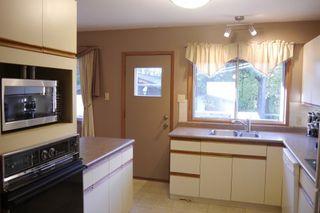 Photo 9: 681 Patricia Avenue in Winnipeg: Fort Richmond Single Family Detached for sale (South Winnipeg)  : MLS®# 1423786