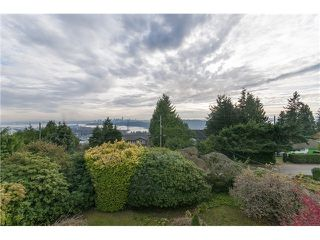 Photo 5: 855 AUBENEAU CR in West Vancouver: Sentinel Hill House for sale : MLS®# V1102918