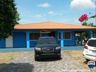 Photo 1: 2 Bedroom House in Gorgona for sale