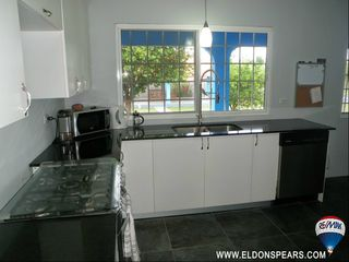 Photo 7: 2 Bedroom House in Gorgona for sale