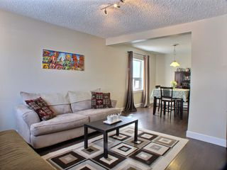 Photo 3: 738 Pritchard Avenue in Winnipeg: North End Residential for sale (Central Winnipeg)  : MLS®# 1602681