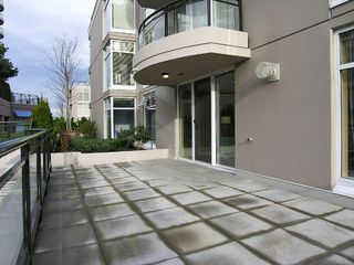 "Photo 8: 8480 GRANVILLE Ave in Richmond: Brighouse South Condo for sale in ""MONTE CARLO"" : MLS®# V624170"