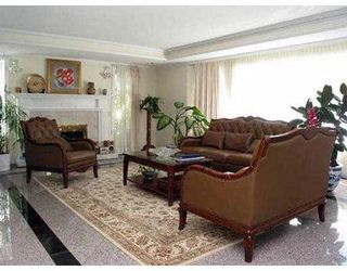 Photo 2: 6868 SELKIRK ST in Vancouver: South Granville House for sale (Vancouver West)  : MLS®# V550052