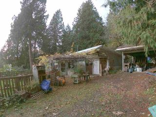 Photo 2: 2002 COACH ROAD: Roberts Creek House for sale (Sunshine Coast)  : MLS®# R2322876