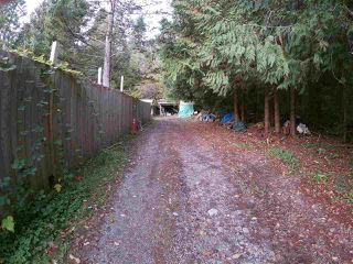 Photo 4: 2002 COACH ROAD: Roberts Creek House for sale (Sunshine Coast)  : MLS®# R2322876