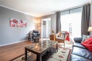 Photo 5: 5 Gables Court in Winnipeg: Canterbury Park Residential for sale (3M)  : MLS®# 202011314