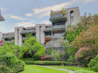 Photo 18: 416 1955 WOODWAY Place in Burnaby: Brentwood Park Condo for sale (Burnaby North)  : MLS®# R2460356