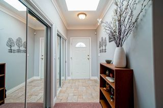"Photo 3: 1575 BREARLEY Street: White Rock House for sale in ""Centennial Park"" (South Surrey White Rock)  : MLS®# R2477312"