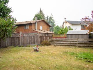 Photo 15: B 2320 Sooke Rd in : Co Hatley Park Half Duplex for sale (Colwood)  : MLS®# 855645