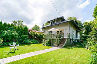 "Photo 38: 108 SIXTH Avenue in New Westminster: Queens Park House for sale in ""Queens Park"" : MLS®# R2509422"