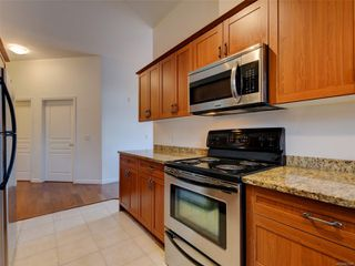 Photo 8: 410 663 Goldstream Ave in : La Fairway Condo for sale (Langford)  : MLS®# 861902