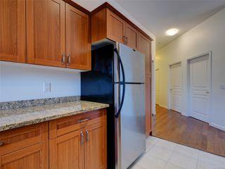 Photo 10: 410 663 Goldstream Ave in : La Fairway Condo for sale (Langford)  : MLS®# 861902