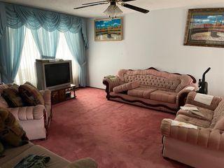 Photo 2: 108 Whiteglen Crescent NE in Calgary: Whitehorn Detached for sale : MLS®# A1056329