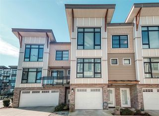 """Photo 2: 44 9989 E BARNSTON Drive in Surrey: Fraser Heights Townhouse for sale in """"Highcrest"""" (North Surrey)  : MLS®# R2526128"""