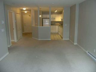 "Photo 3: 104 22230 NORTH AV in Maple Ridge: West Central Condo for sale in ""SOUTHRIDGE TERRACE"" : MLS®# V581177"