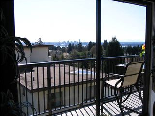 "Photo 3: 303 2545 LONSDALE Avenue in North Vancouver: Upper Lonsdale Condo for sale in ""LEXINGTON"" : MLS®# V943692"