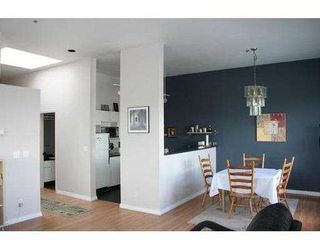 Photo 4: 303 4590 EARLES ST in Vancouver: Collingwood Vancouver East Condo for sale (Vancouver East)  : MLS®# V585844