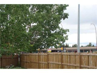 Photo 20: 60 ABBERCOVE Way SE in CALGARY: Abbeydale Residential Detached Single Family for sale (Calgary)  : MLS®# C3532149