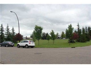 Photo 16: 60 ABBERCOVE Way SE in CALGARY: Abbeydale Residential Detached Single Family for sale (Calgary)  : MLS®# C3532149