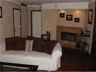 Photo 2: POINT LOMA Condo for sale : 2 bedrooms : 3844 Groton Street #4 in San Diego