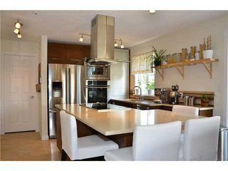 Photo 10: # 401 245 ST DAVIDS AV in North Vancouver: Lower Lonsdale Condo for sale : MLS®# V995637
