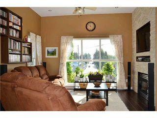 Photo 7: # 401 245 ST DAVIDS AV in North Vancouver: Lower Lonsdale Condo for sale : MLS®# V995637