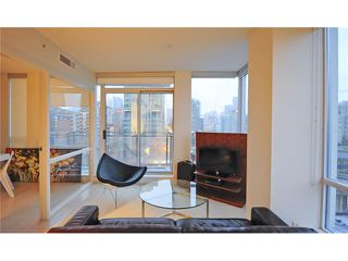 Photo 3: # 1003 1455 HOWE ST in Vancouver: Yaletown Condo for sale (Vancouver West)  : MLS®# V1055504