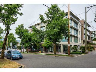 "Photo 2: 210 2520 MANITOBA Street in Vancouver: Mount Pleasant VW Condo for sale in ""THE VUE"" (Vancouver West)  : MLS®# V1076626"