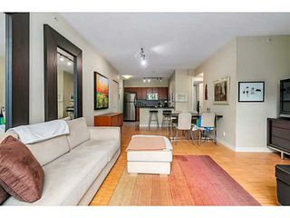 "Photo 7: 210 2520 MANITOBA Street in Vancouver: Mount Pleasant VW Condo for sale in ""THE VUE"" (Vancouver West)  : MLS®# V1076626"