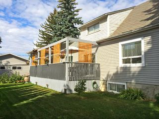 Photo 2: 12410 93 Street NW: Edmonton House for sale : MLS®# E3389267