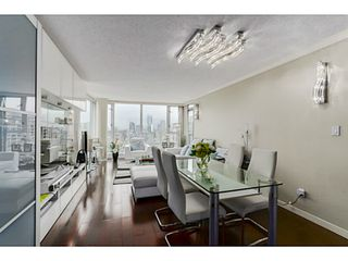 Photo 3: # 3708 1033 MARINASIDE CR in Vancouver: Yaletown Condo for sale (Vancouver West)  : MLS®# V1116535