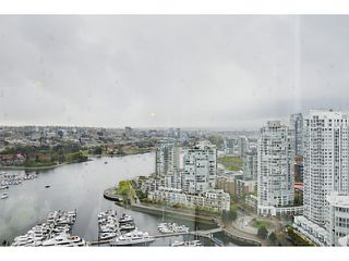 Photo 13: # 3708 1033 MARINASIDE CR in Vancouver: Yaletown Condo for sale (Vancouver West)  : MLS®# V1116535