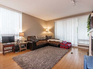 Photo 3: 601 39 SIXTH Street in NEW WESTMINSTER: Downtown NW Condo for sale (New Westminster)  : MLS®# V1111943