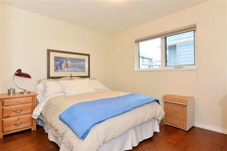 Photo 9: 16031 10th Avenue in Surrey: King George Corridor House for sale (South Surrey White Rock)  : MLS®# R2034064