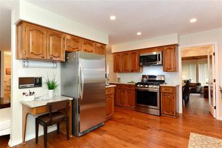 Photo 7: 16031 10th Avenue in Surrey: King George Corridor House for sale (South Surrey White Rock)  : MLS®# R2034064