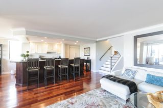 Photo 4: 327 666 LEG IN BOOT SQUARE in Vancouver: False Creek Townhouse for sale (Vancouver West)  : MLS®# R2067850