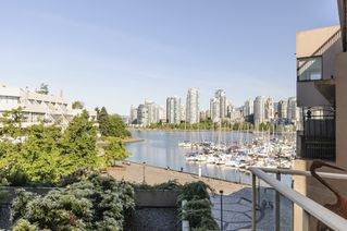 Photo 12: 327 666 LEG IN BOOT SQUARE in Vancouver: False Creek Townhouse for sale (Vancouver West)  : MLS®# R2067850