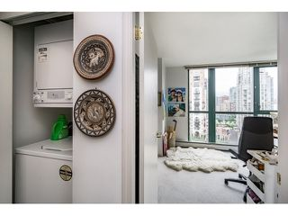 Photo 17: Vancouver West in Yaletown: Condo for sale : MLS®# R2073566