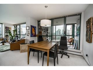Photo 8: Vancouver West in Yaletown: Condo for sale : MLS®# R2073566