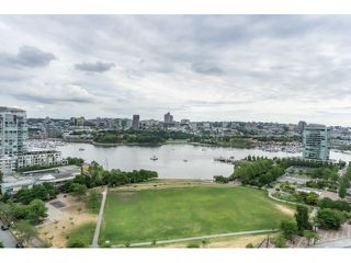 Photo 18: Vancouver West in Yaletown: Condo for sale : MLS®# R2073566