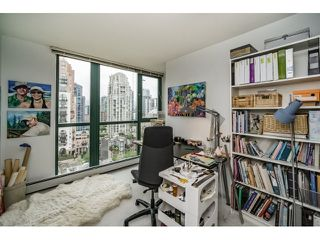 Photo 15: Vancouver West in Yaletown: Condo for sale : MLS®# R2073566