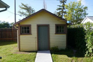 Photo 3: : Single Family Detached for sale