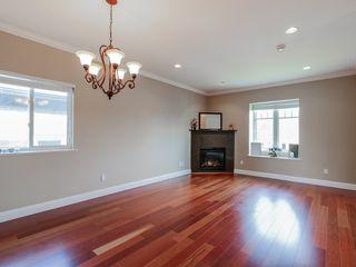 Photo 3: 6487 BRANTFORD AVENUE in Burnaby: Upper Deer Lake House for sale (Burnaby South)  : MLS®# R2050165
