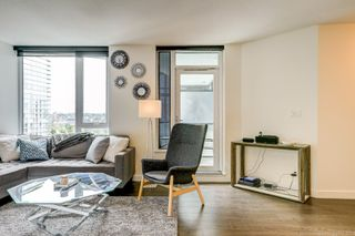 Photo 3: 68 Smithe in : Yaletown Condo for lease (Vancouver)