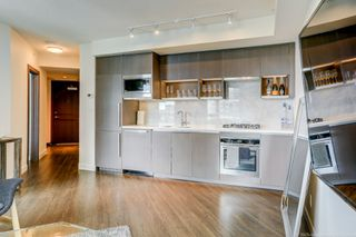 Photo 5: 68 Smithe in : Yaletown Condo for lease (Vancouver)