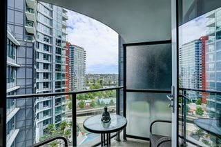 Photo 8: 68 Smithe in : Yaletown Condo for lease (Vancouver)