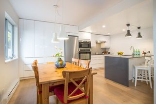 Photo 3: 2347 W 7TH AVENUE in Vancouver: Kitsilano Townhouse for sale (Vancouver West)  : MLS®# R2279464