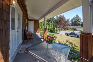 Photo 2: 32355 MALLARD Place in Mission: Mission BC House for sale : MLS®# R2398021