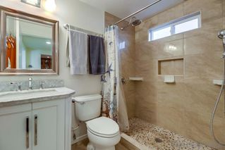 Photo 9: PACIFIC BEACH House for sale : 3 bedrooms : 1050 Chalcedony St in San Diego