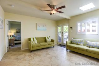 Photo 10: PACIFIC BEACH House for sale : 3 bedrooms : 1050 Chalcedony St in San Diego
